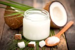 Coconut oil as natural makeup remover
