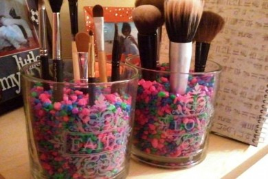 Reuse glass jar to keep makeup brushes