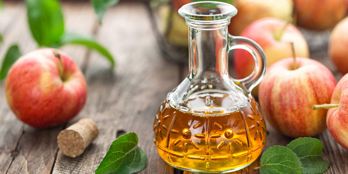 Apple cider vinegar as a natural toner for skin