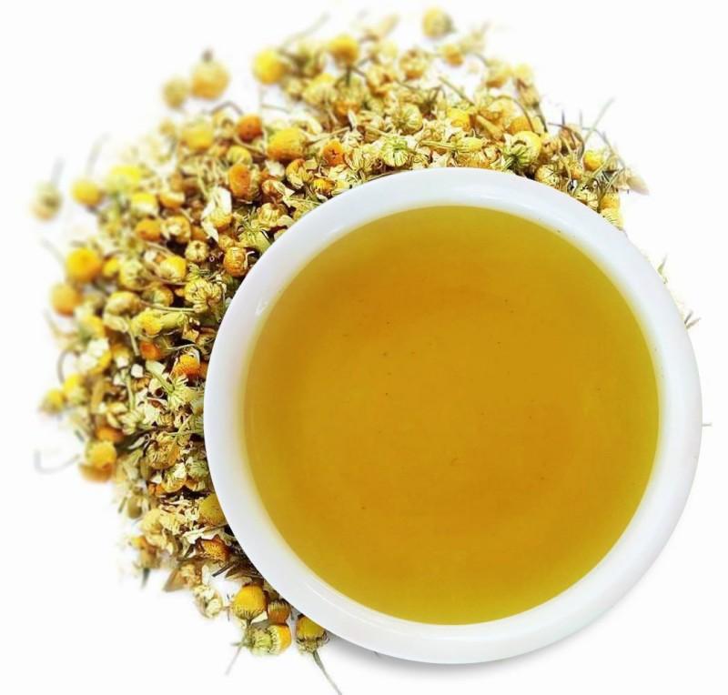 Chamomile tea as a natural toner for skin