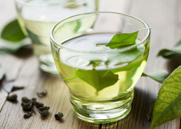 Green tea as a natural toner for skin
