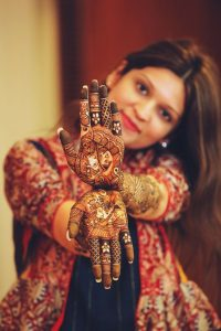 Pictures to click at your mehndi function