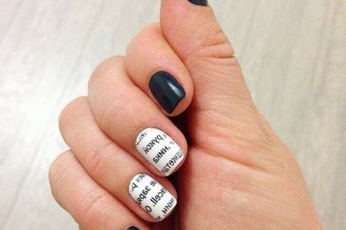 Interesting Nail Art Ideas Which You Can Create Using Old Newspapers