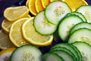 Cucumber and lemon face wash