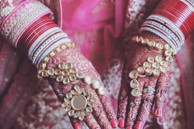 Haathphool styles for the brides