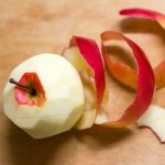 7 Ways To Use Leftover Apples And Their Peels