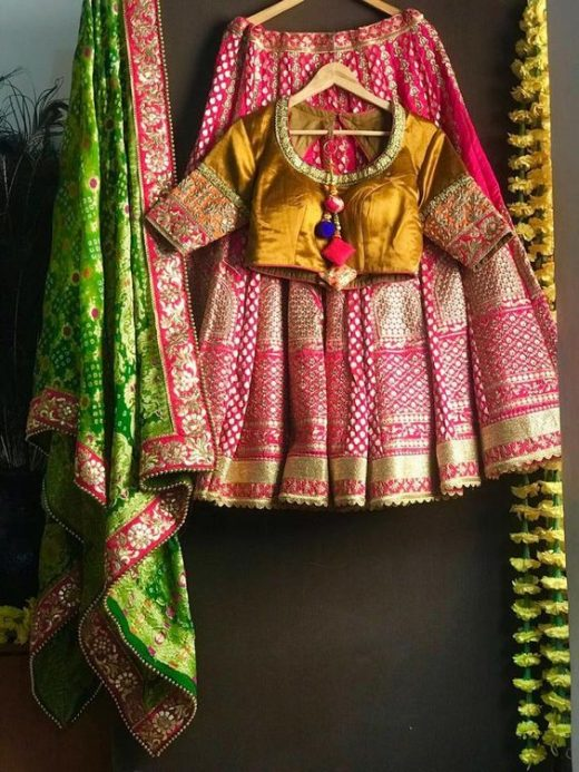 Bandhani dupatta for the brides