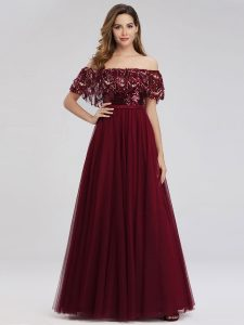 How to choose a prom dress for Pear body type?