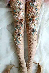 How to wear shimmer socks