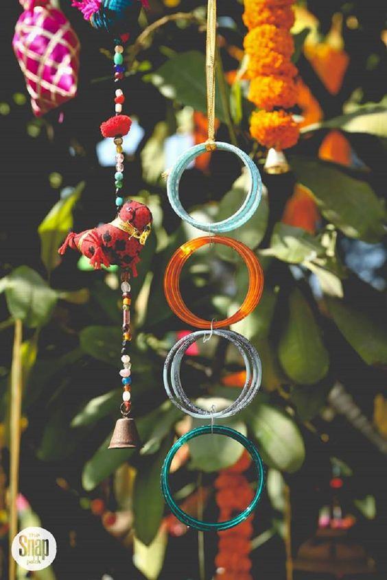 Reusing old bangles-