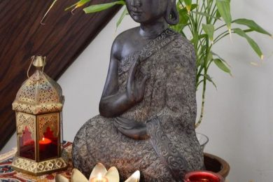 4 Beautiful Ways To Use Buddha Statue For Home Decor