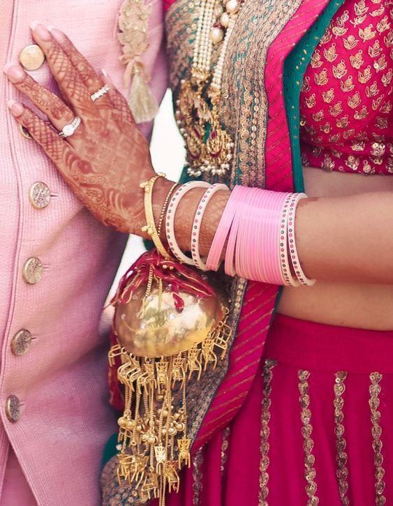 Pastel pink color choora for the Indian brides