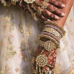 Watch Out For These Ravishing 'All Gold Hand Accessory' Look For The Brides