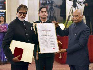 Amitabh Bacchan honoured with Dadasaheb Phalke Award