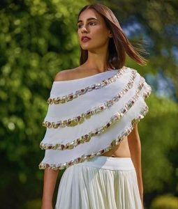 Cold shoulder tops to try this wedding season
