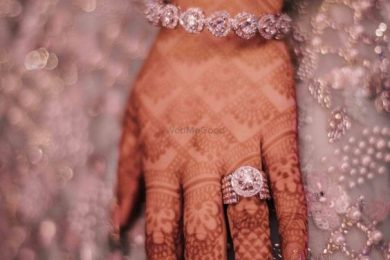 Nail art for the brides