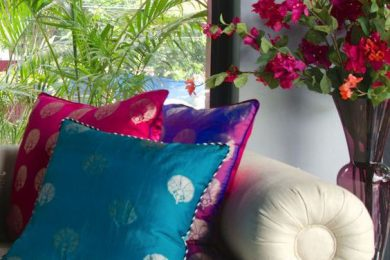 7 Ways To Reuse An Old Saree For Home Decor And Utility