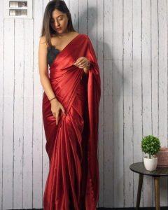 How to wear a satin saree