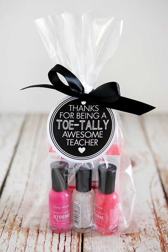 Valentine's Day favor ideas to gift your teachers