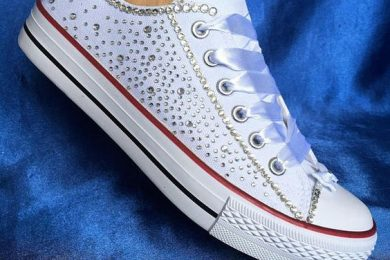 Embellishing white sneakers DIY-Threads-WeRIndia