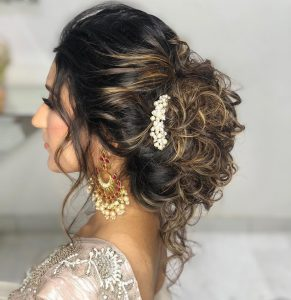 Styling hair with saree