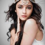 Headband Style Maang Tikka For The Brides