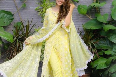Style your summer wardrobe with front slit kurta's