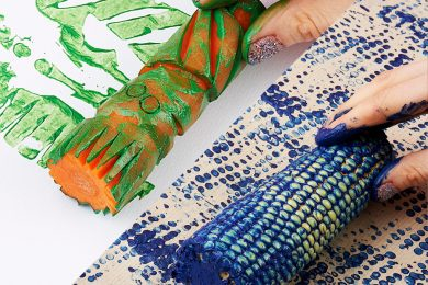 Create Interesting Textures Using Vegetable And Fruit Print