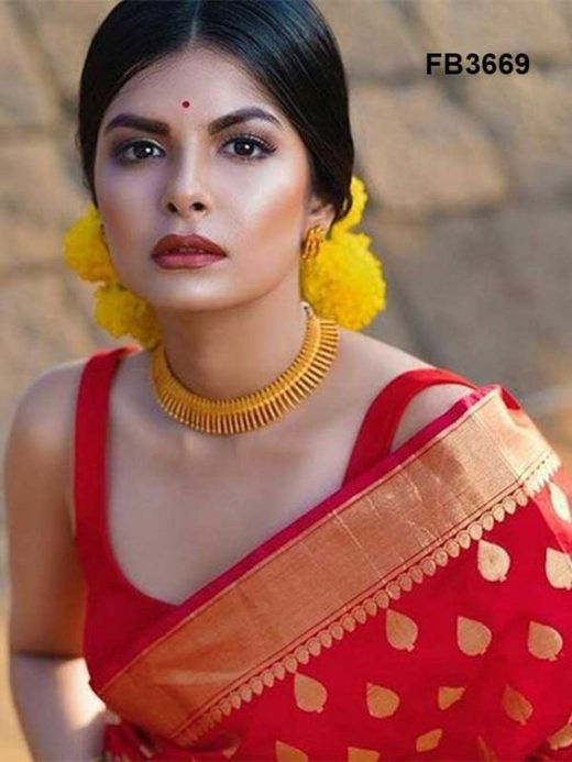 How to wear Red silk saree designs