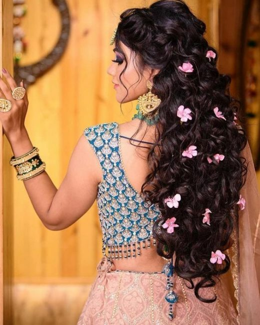 Open hairstyle for brides