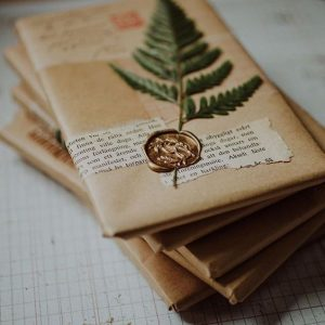 Packing ideas with brown paper