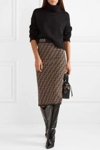 Black sweater and skirt looks for winters