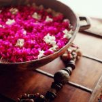 7 Ways To Use Fresh Flowers For Navratri Home Decor