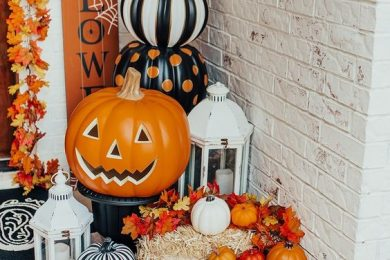 6 Spooky Party Decor Ideas For Halloween