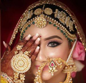 Band style bridal mattha patti designs