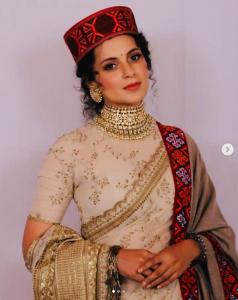Kangana Ranaut dressed in Pahari cap and Kullu shawl for her brother's wedding recption