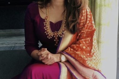 How To Wear A Banarsi Dupatta With Plain Ethnic Wear