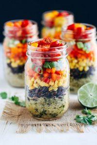 Different ways to make salad presentable