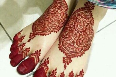 6 Heena designs which are simply astounding for your feet