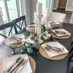 5 Ways To Keep The Napkins While Setting Dinner Table