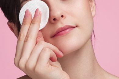 5 Ways To Remove Kajal Gently