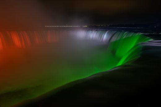 Niagra Falls display solidarity and hope for India