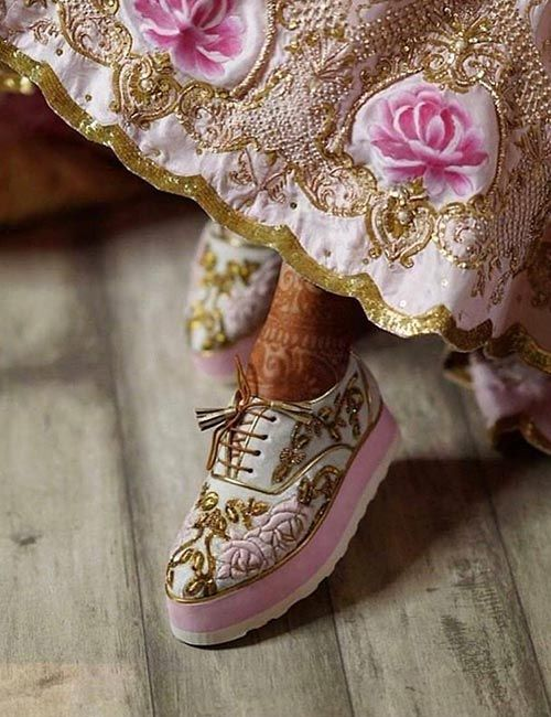 Sneaker trend and styles for the Indian brides