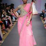 5 Stylish Ways To Secure A Saree Palla