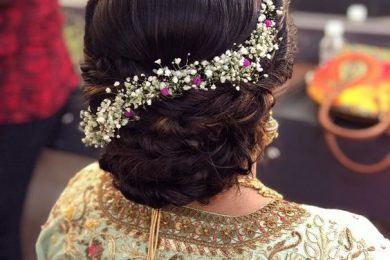 5 Ways To Ornate A Bun With Fresh Flowers If You Are A Mother Of The Bride Or The Groom