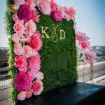 Boxwood Backdrop Ideas For Contemporary Weddings