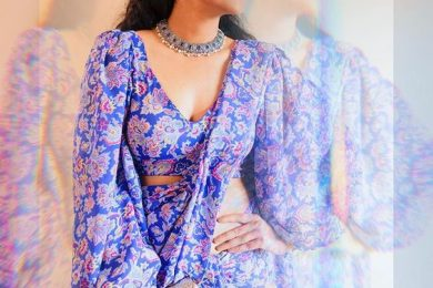 Flare sleeve for saree blouse designs-Threads-WeRIndia