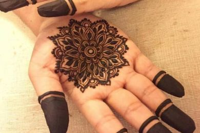 Simple and quick to make Mehndi designs-Threads-WeRIndia