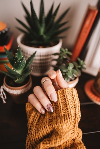How to make manicure and nail art last longer