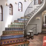 5 Ways To Make Staircase The Highlight Of Your Home